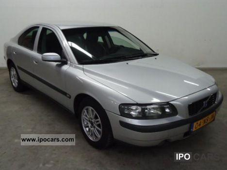 2004 Volvo  S60 2.4D Kinetic navi 4 drs automaat Limousine Used vehicle photo