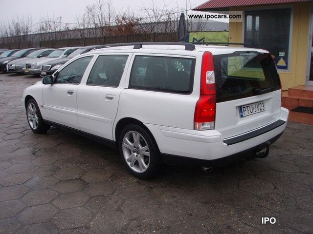 2005 volvo v70 automatic zarejestrowany car photo and specs. Black Bedroom Furniture Sets. Home Design Ideas