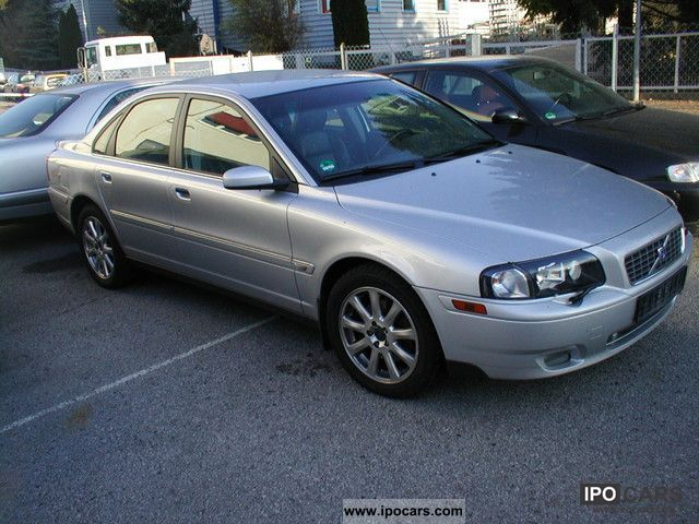 Volvo  S80 Bi-Fuel Premium 2003 Compressed Natural Gas Cars (CNG, methane, CH4) photo