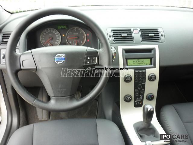 2006 volvo c30 1 6d momentum limousine used vehicle photo 4. Black Bedroom Furniture Sets. Home Design Ideas
