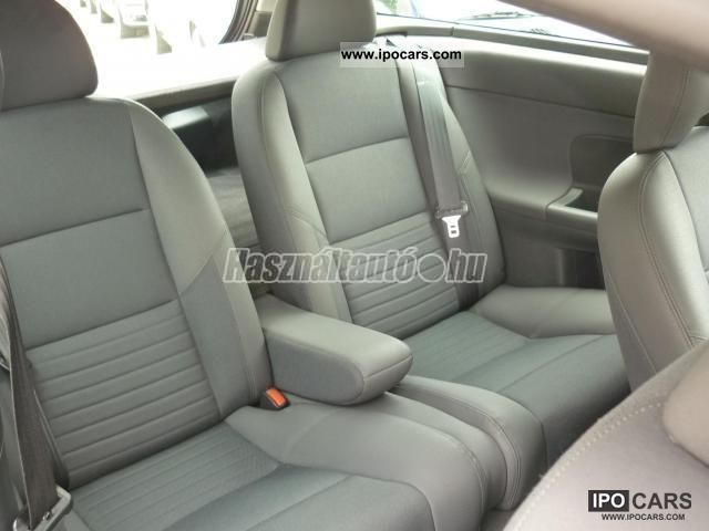 2006 volvo c30 1 6d momentum limousine used vehicle photo 6. Black Bedroom Furniture Sets. Home Design Ideas