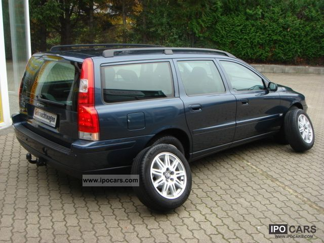2006 volvo v70 d5 dpf xenon navi phone 1 hand car photo and specs. Black Bedroom Furniture Sets. Home Design Ideas