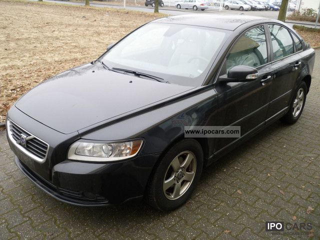 2007 volvo s40 1 6d dpf momentum net 6990 euro car photo. Black Bedroom Furniture Sets. Home Design Ideas