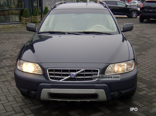2005 volvo xc70 d5 awd summum car photo and specs. Black Bedroom Furniture Sets. Home Design Ideas