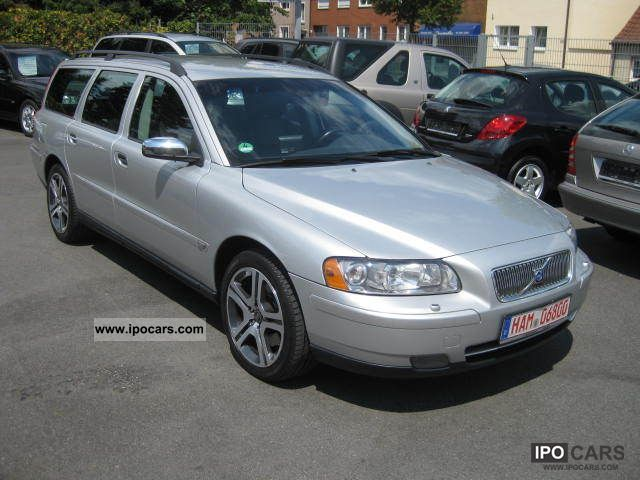 2005 volvo v70 decreased 4 2 move xenon leather pdc. Black Bedroom Furniture Sets. Home Design Ideas
