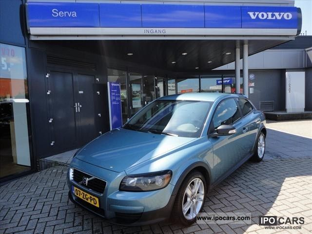 2008 volvo c30 d5 geartronic kinetic car photo and specs. Black Bedroom Furniture Sets. Home Design Ideas