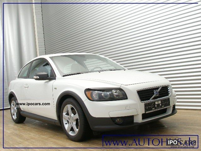 2009 volvo c30 1 6 d navi pdc cruise car photo and specs. Black Bedroom Furniture Sets. Home Design Ideas