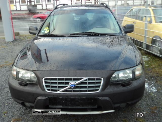 2004 Volvo  4x4 CROSS: CONTORY Estate Car Used vehicle photo