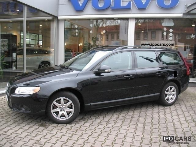 2008 Volvo V70 2.4 D Kinetic Automatic - Car Photo and Specs