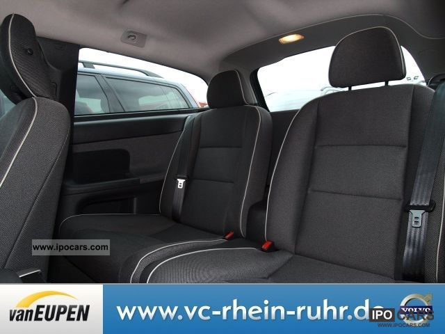 2008 volvo c30 1 8f flexifuel air conditioning heated seats car photo and specs. Black Bedroom Furniture Sets. Home Design Ideas