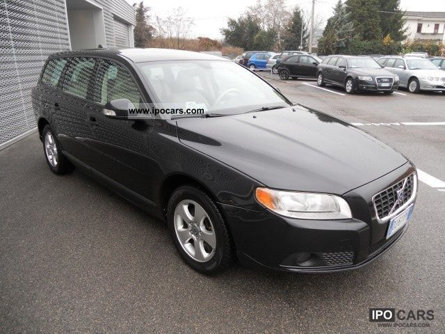 2007 volvo v70 d5 geartronic momentum car photo and specs. Black Bedroom Furniture Sets. Home Design Ideas