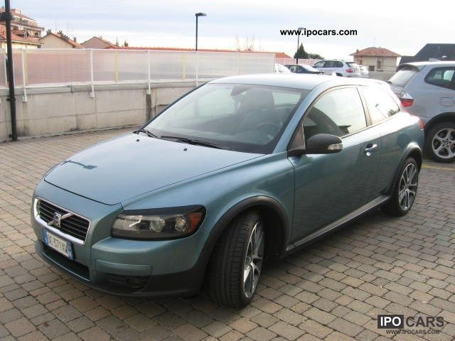 2006 volvo c30 2 4 d5 aut momentum 2006 10u003e 2007 10 car photo and specs. Black Bedroom Furniture Sets. Home Design Ideas