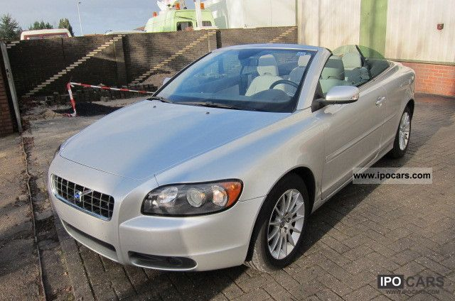 2007 volvo c70 d5 automatic car photo and specs. Black Bedroom Furniture Sets. Home Design Ideas
