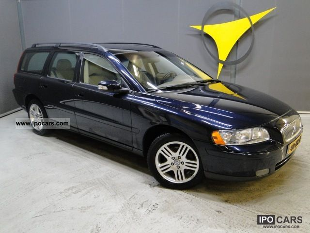 2008 Volvo  V70, 2.4 Estate Car Used vehicle photo