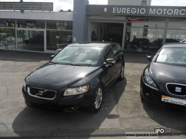 2009 Volvo  1.8 1 V50-leather hand-Navi Estate Car Used vehicle photo