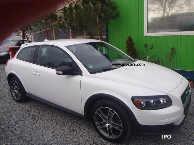 2008 volvo c30 d5 i hand car photo and specs. Black Bedroom Furniture Sets. Home Design Ideas