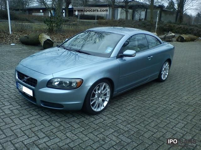 2006 volvo c70 with pro warranty car photo and specs. Black Bedroom Furniture Sets. Home Design Ideas