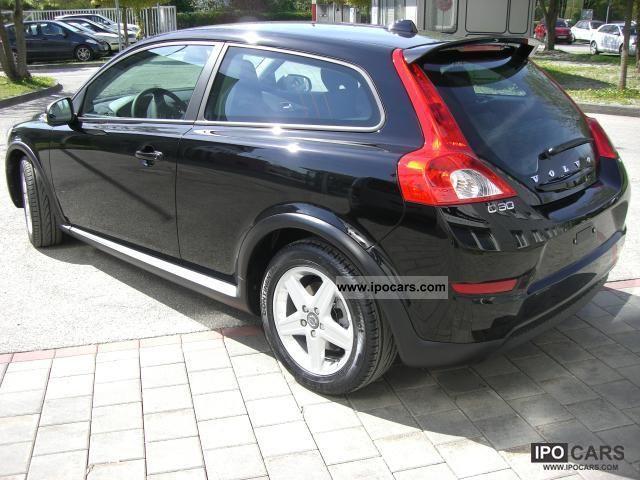 2011 Volvo C30 Summum MJ2012 D2, 85kW, 6-speed - Car Photo and Specs