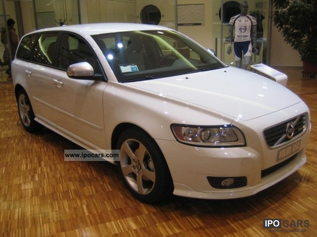 2012 Volvo V50 R Design D2 Car Photo And Specs