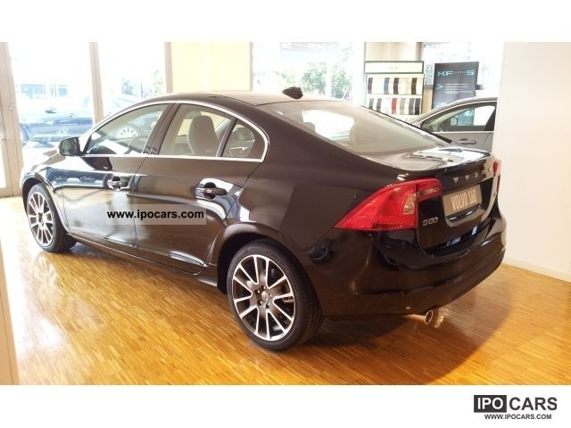 2011 Volvo S60 DRIVe diesel via e AZIENDE Agenti Limousine New vehicle ...