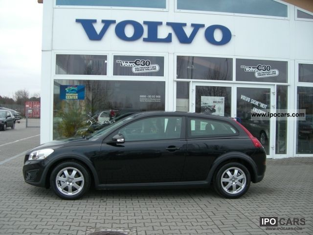 2012 Volvo C30 D2 Kinetic Heated Business Package - Car Photo and Specs