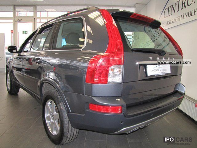 2009 Volvo XC90 D5 7-seater auto glass roof HEI Momentum - Car Photo and Specs