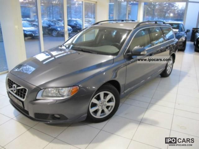 2010 Volvo V70 DRIVe Momentum with DPF Estate Car Used vehicle photo