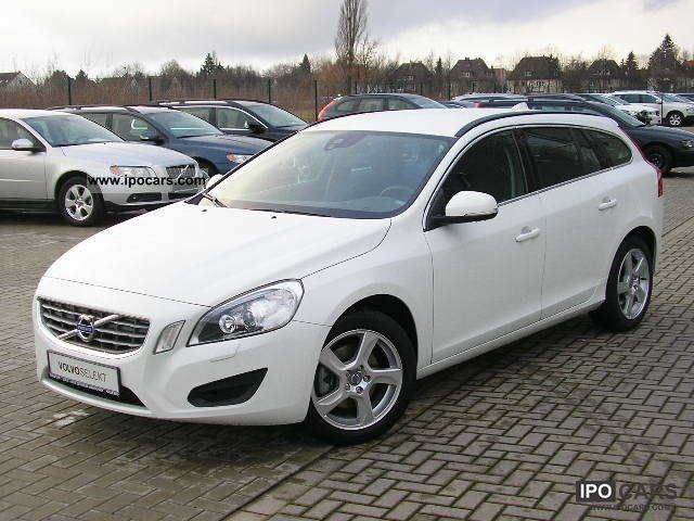 2011 Volvo V60 DRIVe Estate Car Used vehicle photo