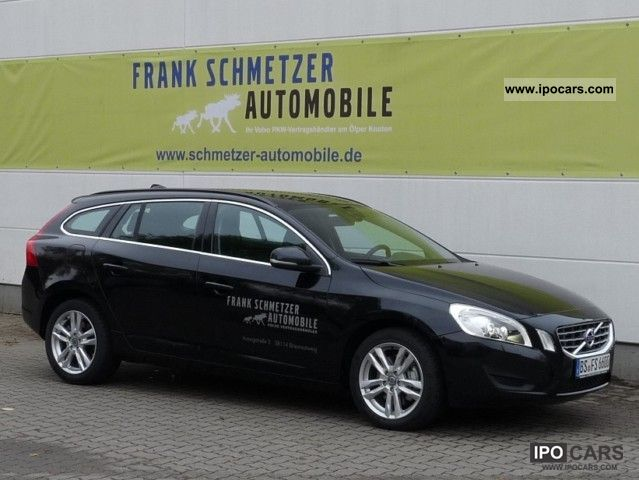 Volvo V60 2.0T Momentum RTI / PDC / Xenon 2010 Used vehicle photo