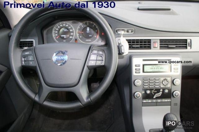 2010 volvo v70 1 6d drive kinetic 110cv car photo and specs rh ipocars com 2010 Volvo XC60 2010 Volvo XC70 Warranty