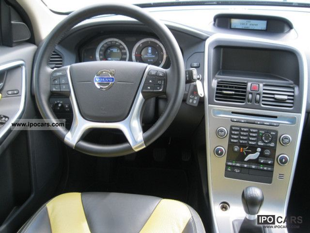 2009 Volvo Xc60 D5 Summum Sunroof Car Photo And Specs