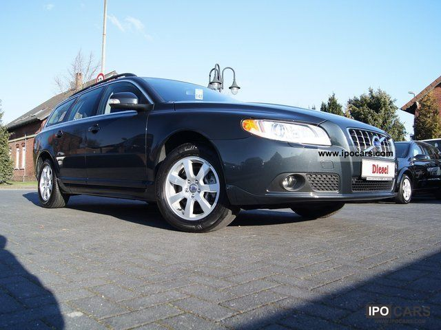 2011 volvo v70 2 4 d5 automatic momentum apc xenon s car photo and specs. Black Bedroom Furniture Sets. Home Design Ideas