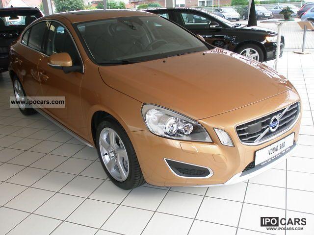 2011 Volvo  S60 2.0T Fahrerass.Navi now save € 13,000! Limousine Demonstration Vehicle photo