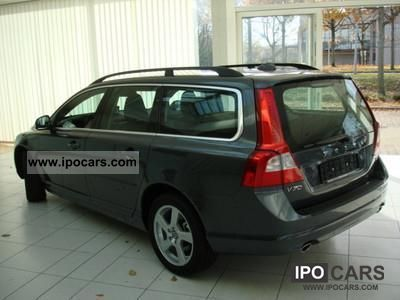 2011 volvo v70 diesel particulate filter with automatic momentum car photo and specs. Black Bedroom Furniture Sets. Home Design Ideas