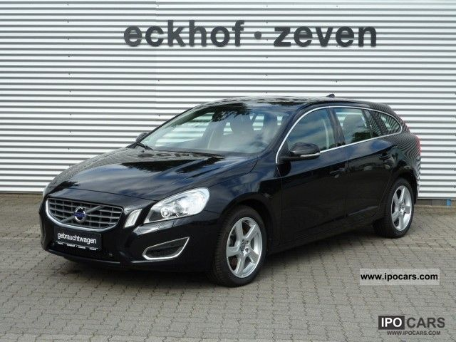 2010 volvo v60 d3 dpf summum xenium package euro5 car photo and specs. Black Bedroom Furniture Sets. Home Design Ideas