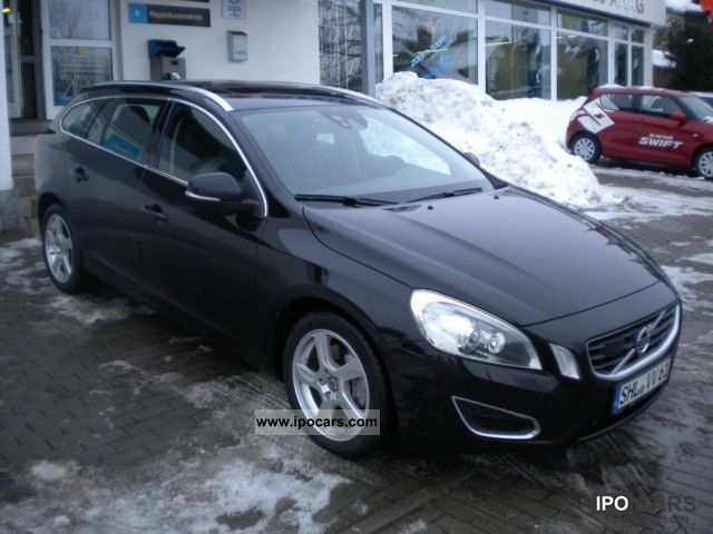 2010 volvo v60 d5 summum xenium package sunroof. Black Bedroom Furniture Sets. Home Design Ideas