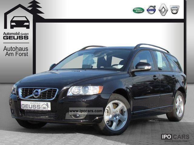Volvo V50 D4 momentum NAVIGATION 2011 New vehicle photo