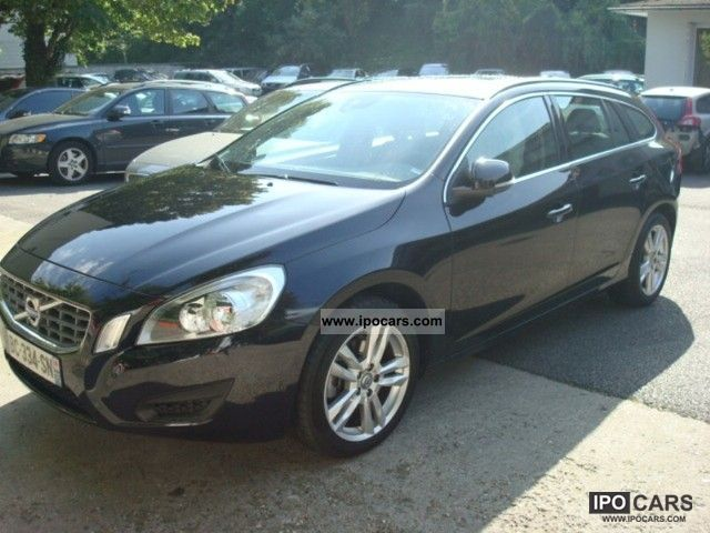 2010 Volvo V60 D3 163ch momentum Gtronic Limousine Used vehicle photo