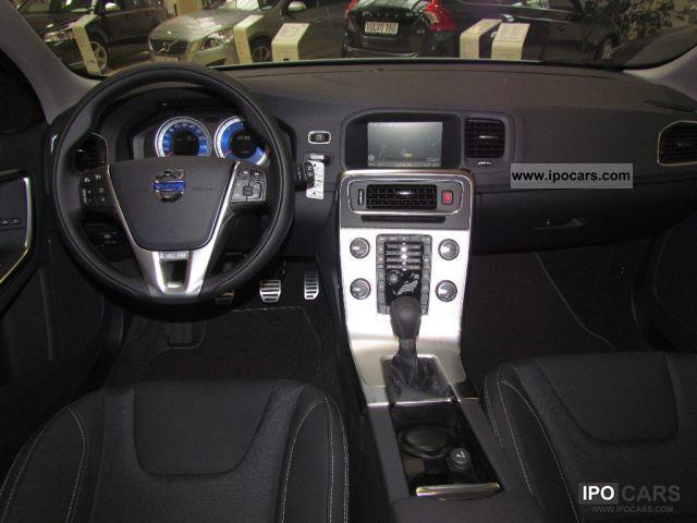 2012 Volvo V60 R-Design D3 NAVIGATION XENON PDC SITZHEIZUNG - Car Photo and Specs