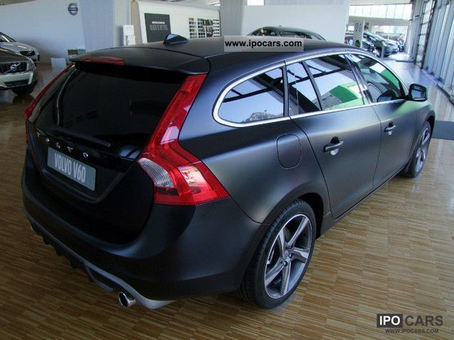 2012 Volvo D3 V60 R-Design Nero Opaco Km.0 - Car Photo and Specs