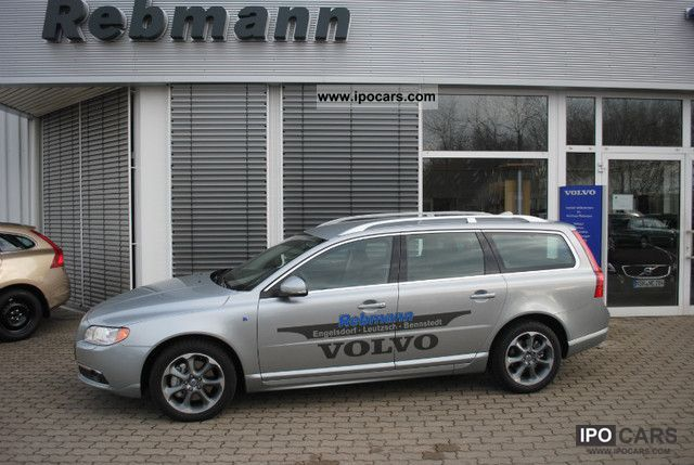 2012 Volvo V70 D5 Geartronic Ocean Race - Car Photo and Specs