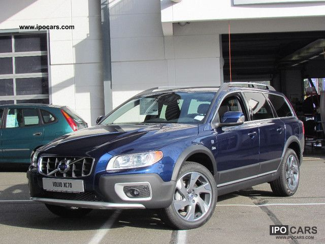 Volvo  XC70 DRIVe Ocean Race NAVIGATION 2011 Race Cars photo