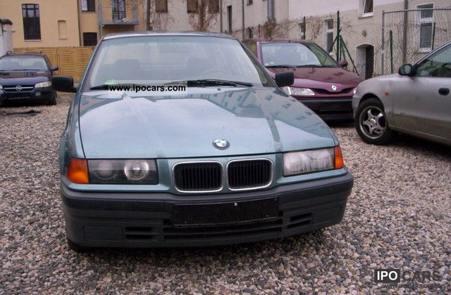 1993 BMW  316i Limousine Used vehicle photo