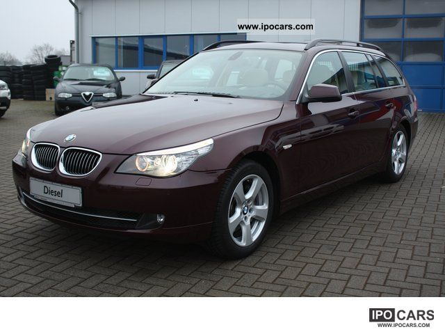 2010 BMW  530 d xDrive Touring * Soft Close / HUD / Panorama * FULL Estate Car Used vehicle photo
