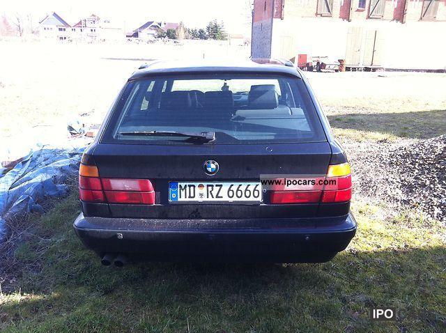 1993 BMW  540i V8 Estate Car Used vehicle photo