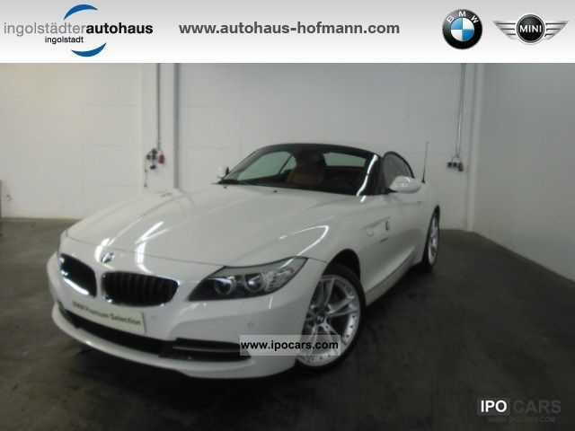 2011 BMW  Z4 sDrive30i NAVI / LEATHER / XENON / BLUETOOTH / HiFi / SP Sports car/Coupe Employee's Car photo