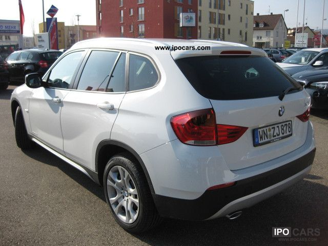 2011 BMW  X1 xDrive18d Klimaauto.Sitzh.Bluet.Alu 17 \ Limousine New vehicle photo