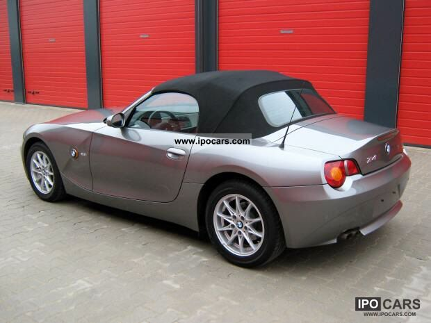 2003 bmw z4 automatic from 1 hand car photo and specs. Black Bedroom Furniture Sets. Home Design Ideas