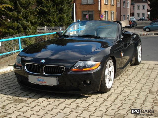 2003 BMW  Z4 2.5i Leather * 18 INCHES * EXCELLENT CONDITION * Cabrio / roadster Used vehicle photo
