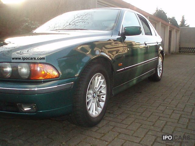 1998 BMW  523i Limousine Used vehicle photo